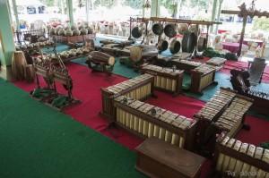 Instrumentos gamelan en el Pura Mangkunegaran