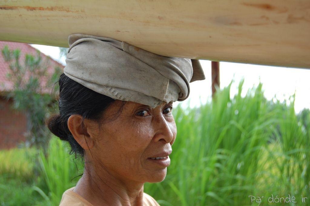 Señora balinesa en Ubud